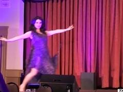 Burlesque Strip SHOW 343 Miss Indigo Blue at