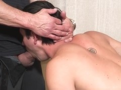 FamilyDick - Hot muscle daddy fucks stepsons mouth