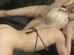 Amazing blondes in hot oral threesome