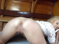 BOATBABESXXX - SAPPHIRE BLUE DIGS DEEP AND DISCUSSES ANAL - T