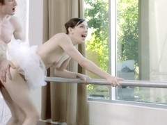 Ballerinas blowjob