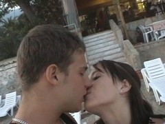 Leony April in amateur video showing a beautiful chick humping