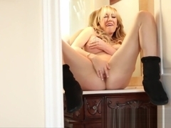 Brett Rossi does a sexy tease in her Motel Room