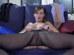 EPantyhoseLand Movie: Rosa