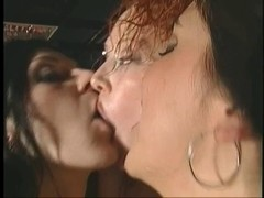 Hotty gives BJ and bung gap screwed