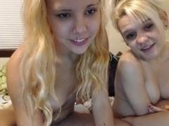 Webcamz Archive - Lesbian Babes Per Request Making It Out