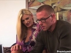 Darryl Hanah hawt and lustful mother i'd like to fuck