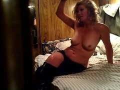 Homemade sex video of the female and her lover