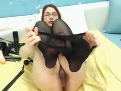 Hairy russian webcam model LillaGinger