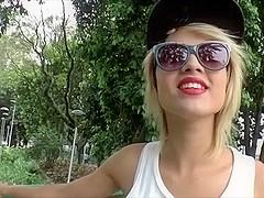 Slim shemale babe Melzinha loves oral sex with her boyfriend