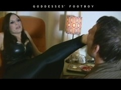 Smokin' Fetish Female Domination in leather boots