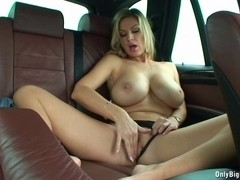 Carol Goldnerova Likes Backseat Pleasure