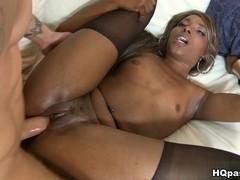 RoundAndBrown - Sexy spreadz