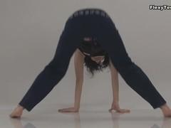 Larisa Dolina - Gymnastic Video part 1