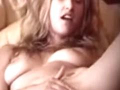 Milf masturbates on home voyeur mov