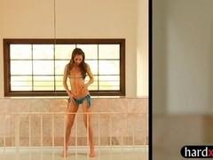 Very slim teen girl Riley Reid dancing and screwed up