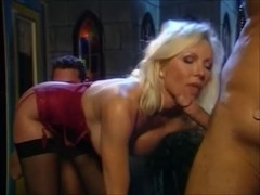 Helen Duval double penetration-ed Hard in Amsterdam Red Light District.