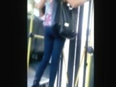 Hermosa rubia en jeans (Beautiful blonde in jeans)