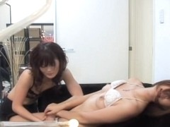 Lesbian japanese tastes a big cunt in super sexy porn video