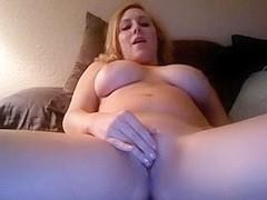 Masturbating my cunt on sex tape