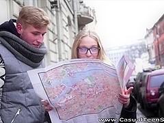 Nerdy tourist gets cumsprayed