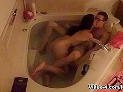Underwater BJ Sex In Bathtub