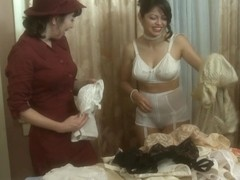Evie Delatosso & Ashlyn Rae & RayVeness in Pin-Up Girls #02, Scene #03