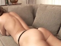 Kyla Fox is going to strip before camera