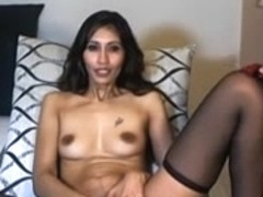 Indian beauty fucks a dildo on webcam