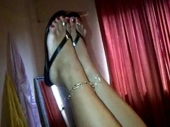 older big beautiful woman latin chick feet