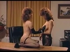 Rita Ricardo with black gloves