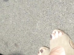 sexy feet at busstop