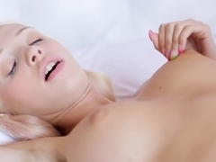 Blonde babe getting pussy eaten