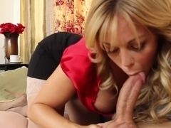 Amber Lynn Bach & Giovanni Francesco in Seduced by a Cougar