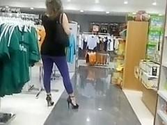Candid Voyeur Camera In Mall Films Hot Gazoo In Yoga Panties