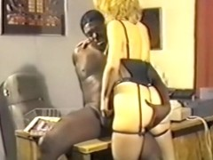 Bedroom fuck from retro lovers