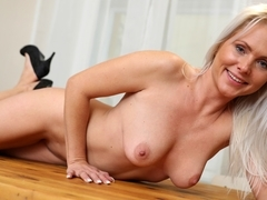 Kathy Anderson in Hot Orgasm - Anilos