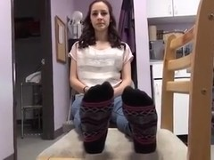 Petite girl feet foot ayak
