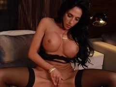 Jaclyn Taylor & Bill Bailey - TonightsGirlfriend