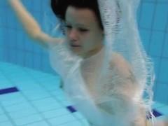 UnderwaterShow Video: Kristy