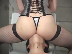 Dominant Japanese hottie tortures her slave