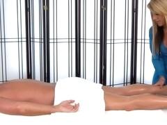 Massage-Parlor: Car Trouble