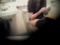 Rastahead Girlfriend Blows Strapon & Gets A Facial