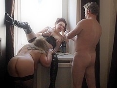 Mature russian amateur threesome
