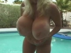 Large Titts Granny R20