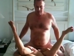 Pattaya streetslut takes care of an old sex tourist