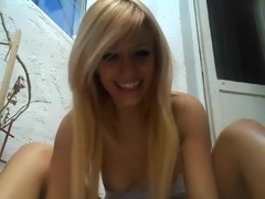 awesomeblondeee non-professional record on 01/31/15 05:43 from chaturbate