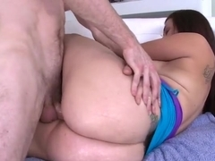 Big ass white milf loves to be banged nicely