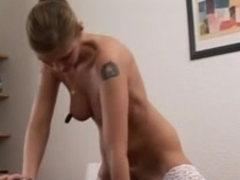 julia tests out a sybian german