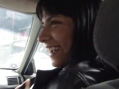 Abril Santamaria in We Deliver